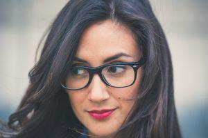visage-lunettes-femme