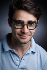 Portrait Sylvain Vialle, Lunettes sur-mesure